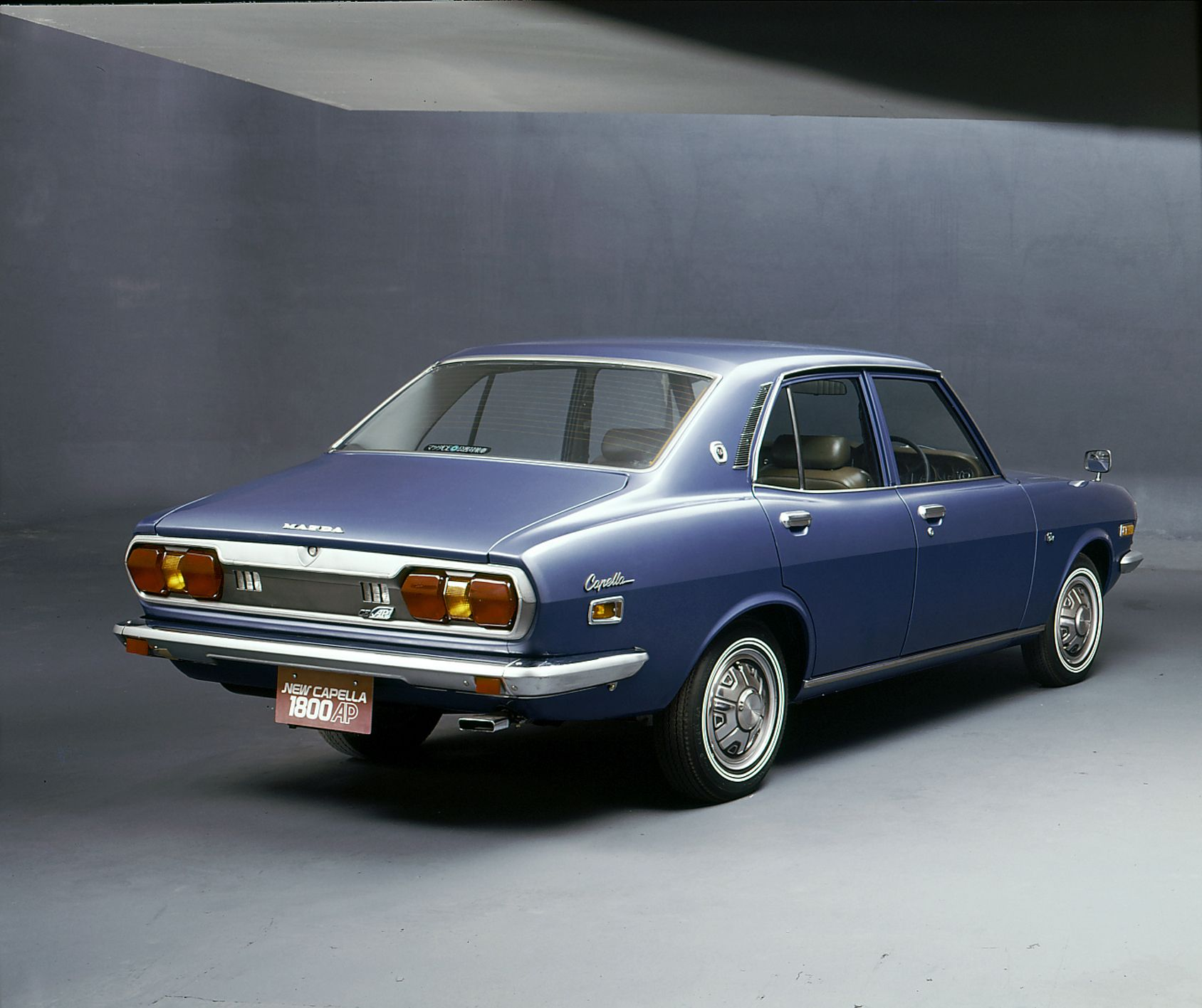1976 Mazda New Capella 800 マツダ, 旧車, 自動車