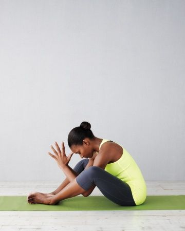 great yoga poses to curb hunger and recenter during the