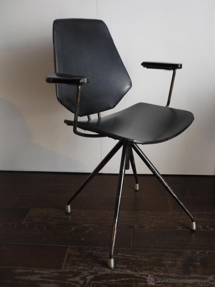 Preciosa silla giratoria estilizada vintage. Años 60, 120 ...