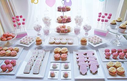 Baby Shower Sweet Table Ideas creative buffet table ideas love the gorgeous colour palette and attention to detail in this Baby Shower Astuces Et Conseils Pour Russir Une Baby Shower