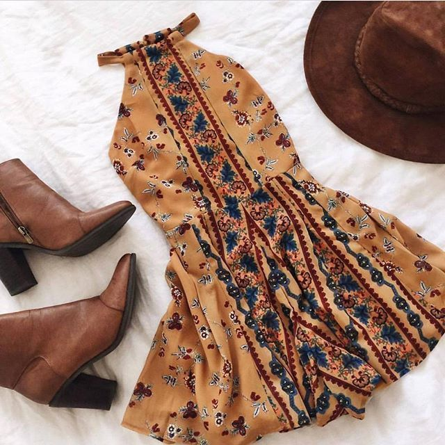 summer look  outfits  floral boho print summer dress  brown leather heel boot  Mode