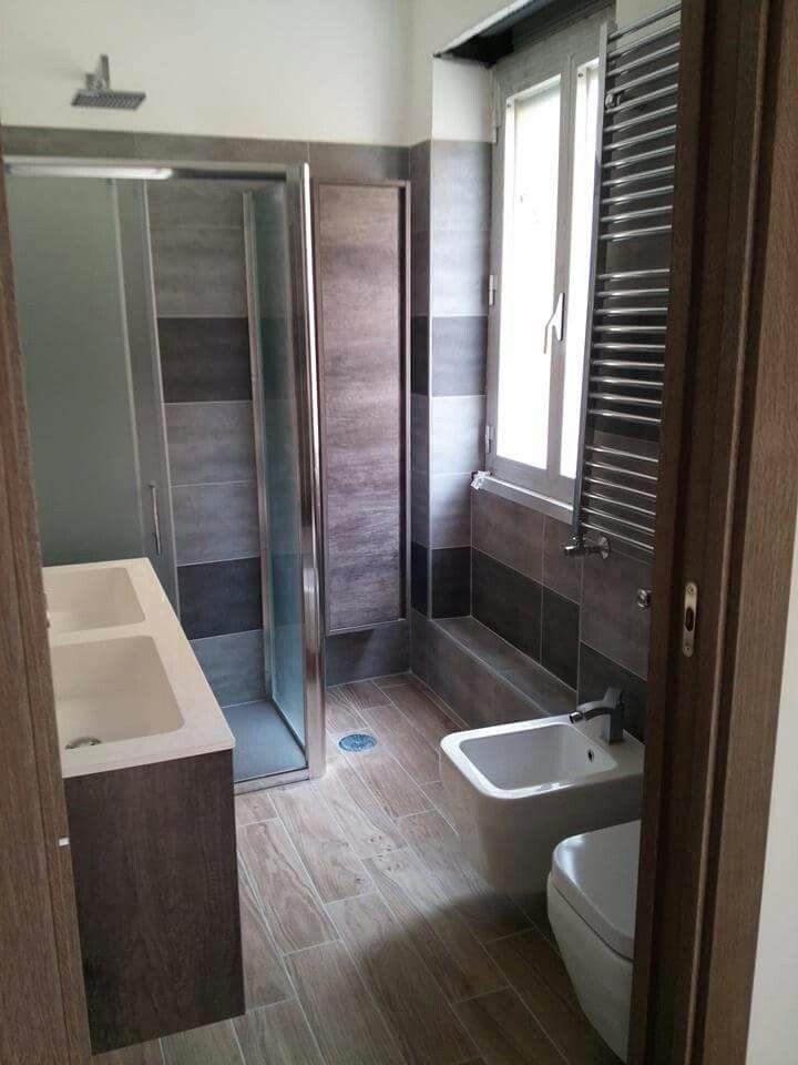 Bagno con pavimento in gres effetto legno ristrutturazione bagno zona monteverde roma - Gres effetto legno per bagno ...