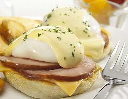 Eggs Benedict - yummmm...