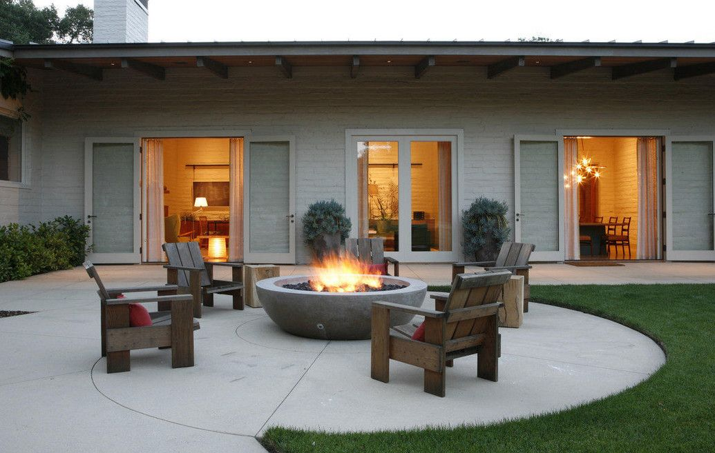 small backyard designs with fire pits   Fire pit patio ...