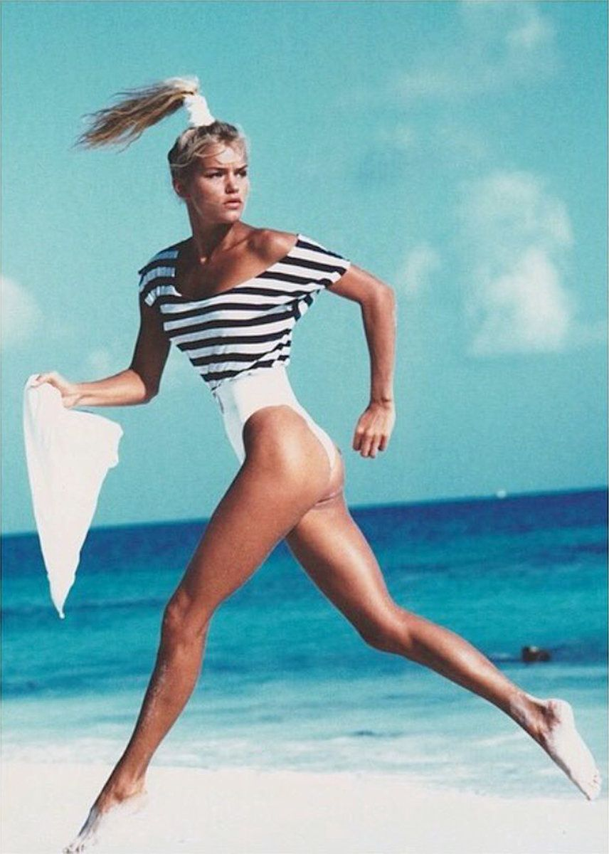 Yolanda Hadid's Fierce Throwback Modeling Photos | u n f o ...