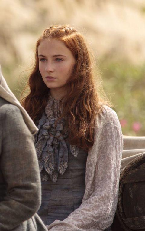 There S So Much Secret Meaning In How Sansa S Style Has Changed Sansa Stark Hair Sansa Stark Fashion Sansa Stark