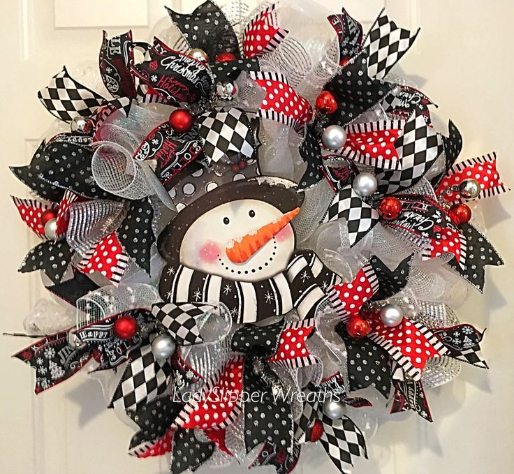 Image Result For Black And White Christmas Wreath Christmas Mesh Wreaths Christmas Wreaths Black Wreath