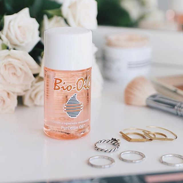 Apply Bio Oil Before Your Makeup Routine For A Gorgeous Glowing Look For A Friday Night Out Thanks So M Oil Skin Care Routine Bio Oil Skin Skin Care Secrets