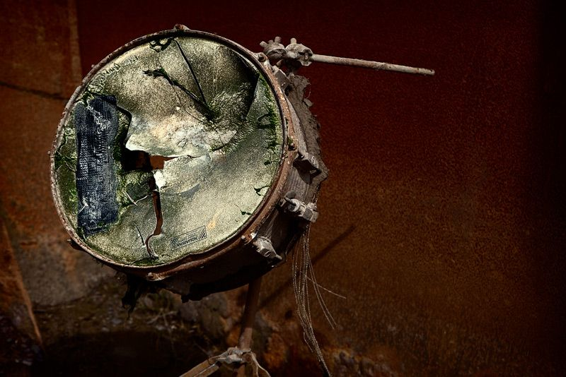 old snare drum just stuff drum accessories vintage drums drums. Black Bedroom Furniture Sets. Home Design Ideas