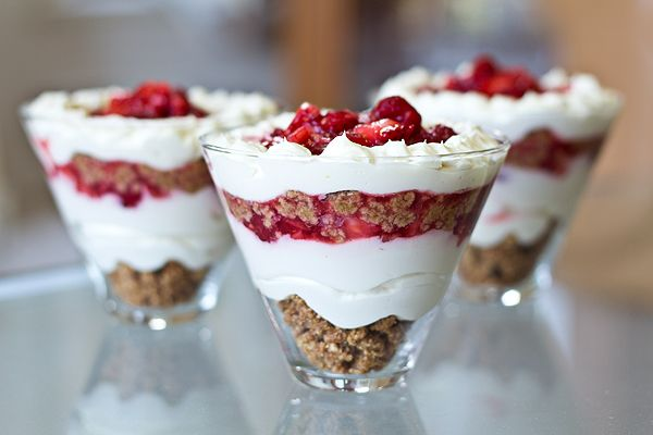 """No-Bake Summer Berry """"Cheesecake"""" in a Glass"""