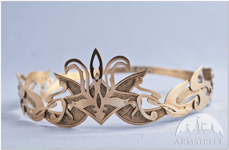 This is so perfect for a dwarven princess or queen