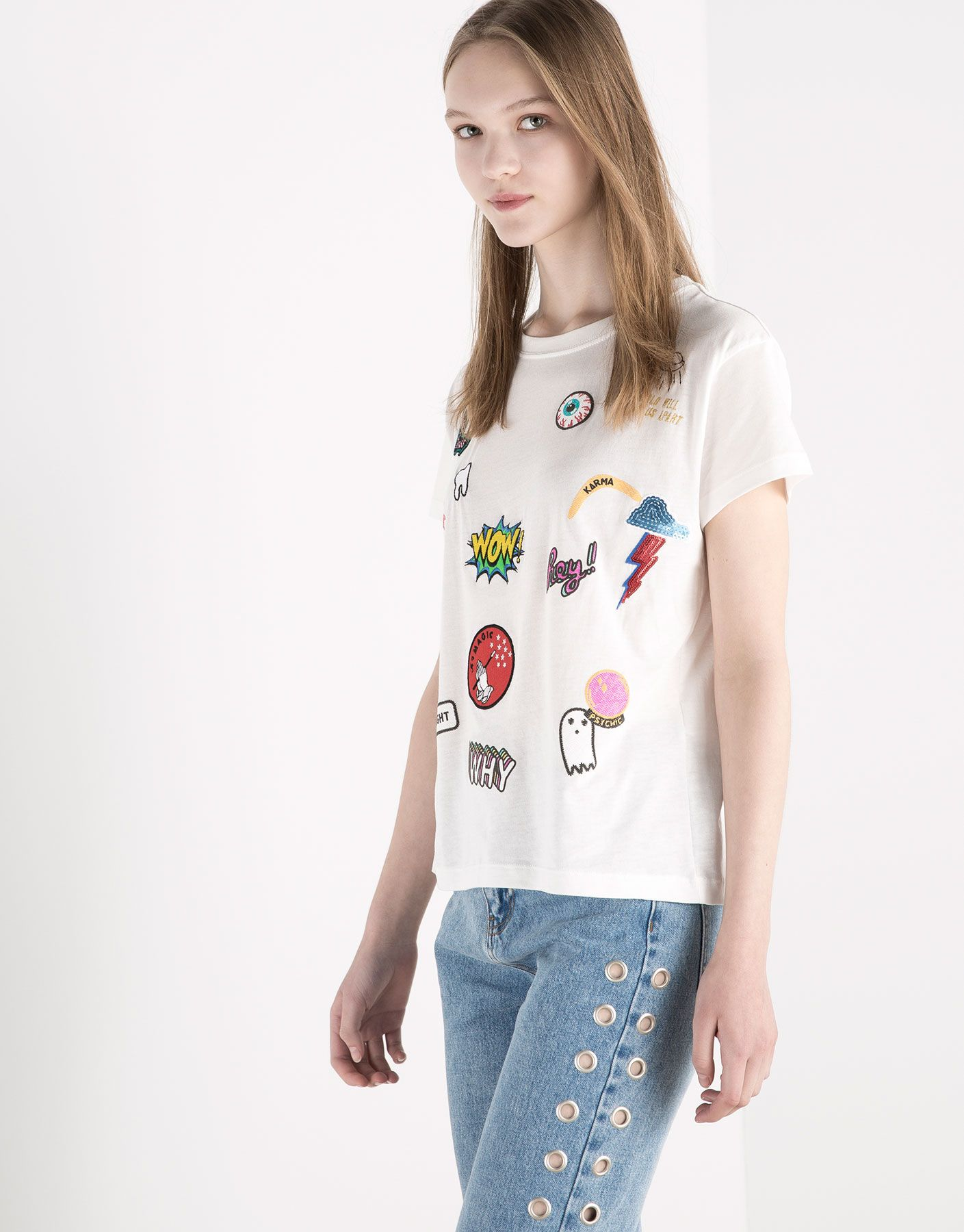 :RETRO T-SHIRT WITH PATCHES ??
