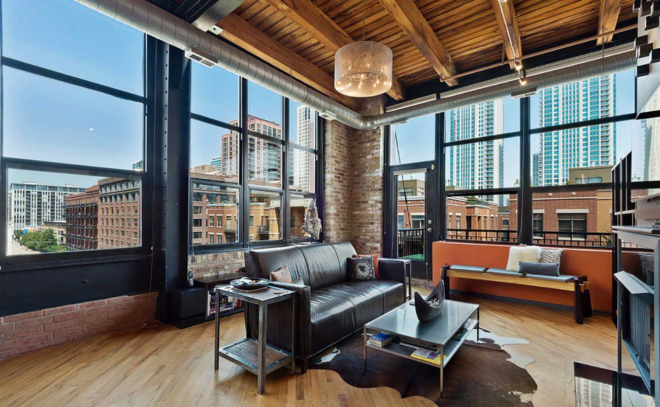 Tour The Lofts Of Chicagou0027s West Loop Neighborhood