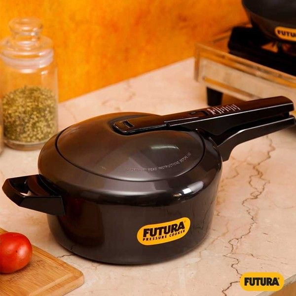 The Futura Cooker Has Been Displayed By The Museum Of Modern Art