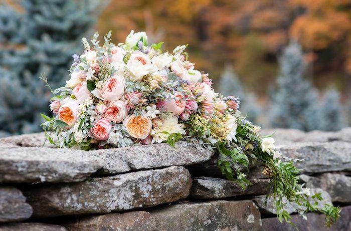 ▷ 1001 + Ideen und Bilder zum Thema Brautstrauß Wasserfall - wasserfall garten wand