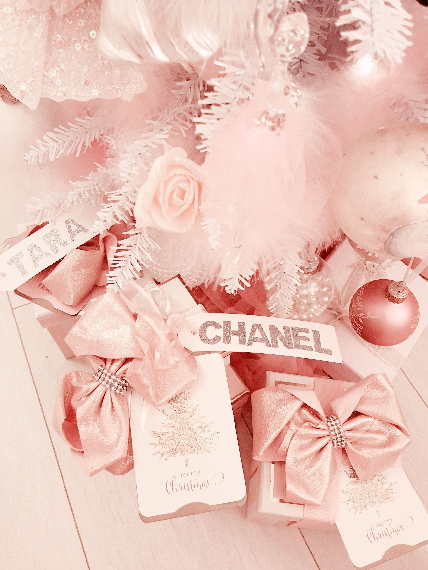 Pink Channel For Christmas Pink Xmas Rose Gold Christmas Glam Christmas