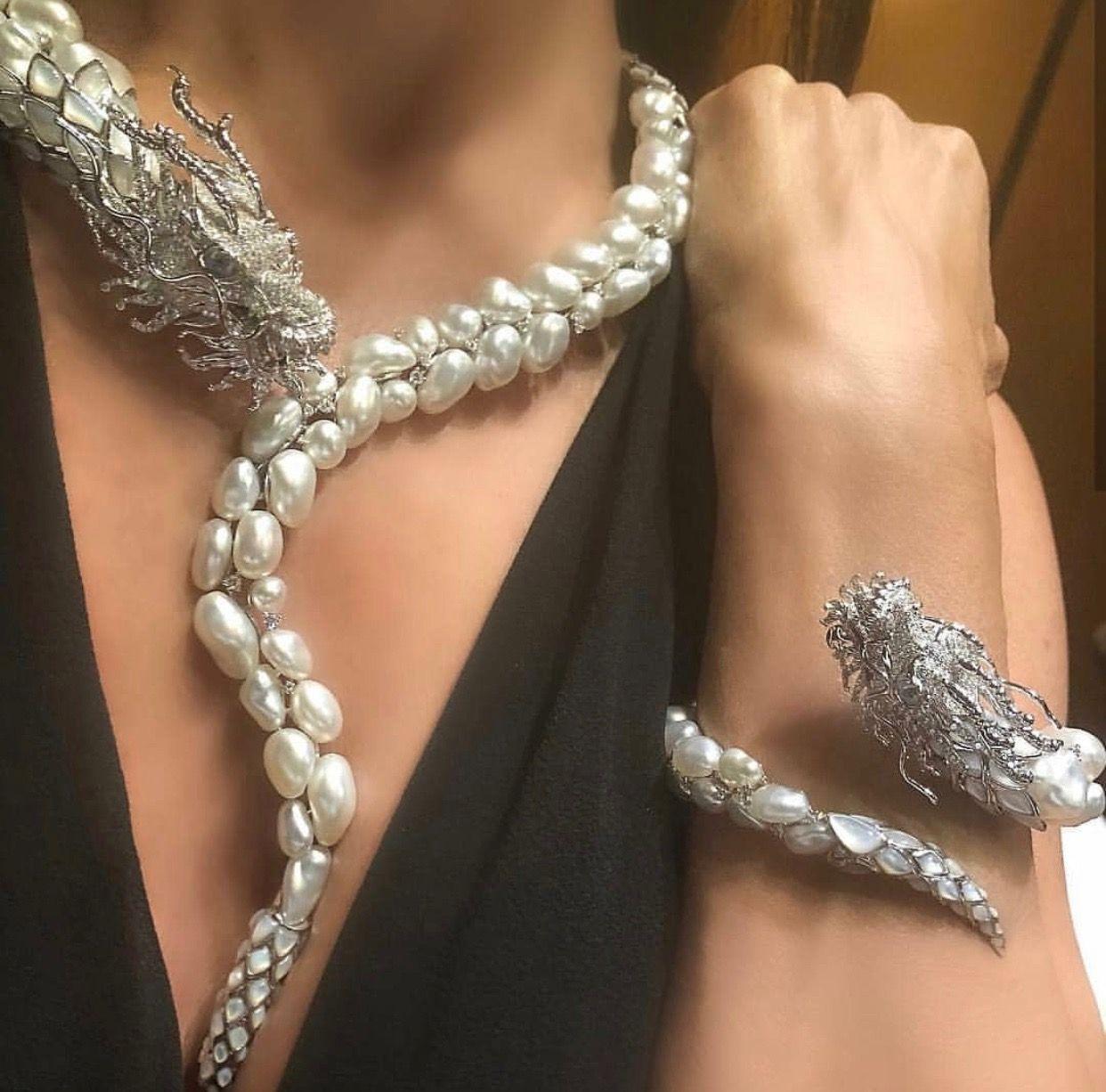 Unique jewelry diamond goldjewellery vanessacrestto