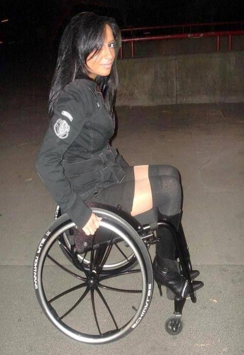Pin By Louis Kull On Wheelchair Wheelchair Women Wheelchair