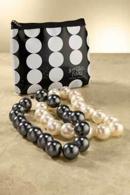 Hot Girls Pearls Necklace And Pouch Cooling Gel Pearl Necklace Hot Flash Necklace Soft Surroundings Jewelry In 2019 Pearl Necklace Jewelry Pearls