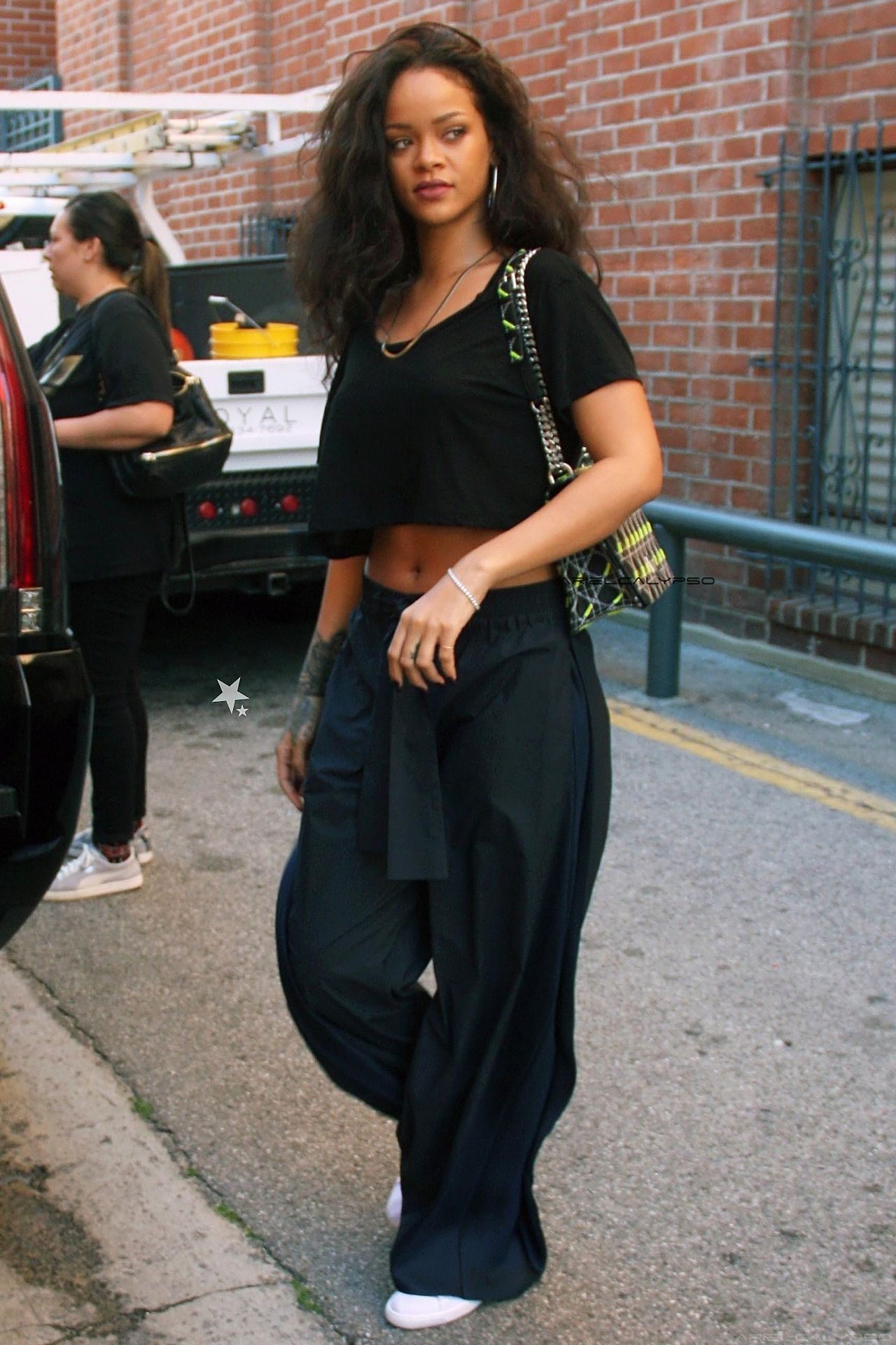 Rihanna Out And About In Los Angeles 27th March 2015 Riri Pinterest Rihanna Rihanna