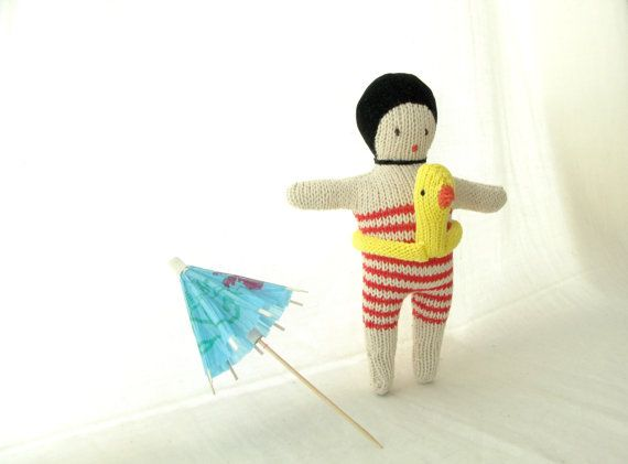 Etsy の Swimmer doll by dentsdeloup