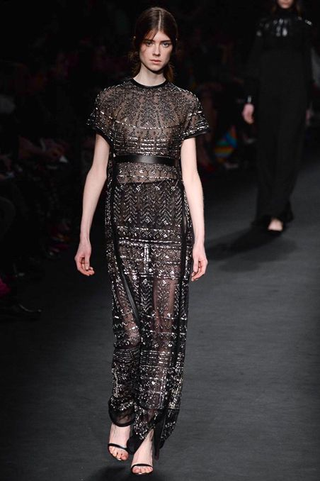 Valentino - Fall 2015 Ready-to-Wear - Look 76 of 82