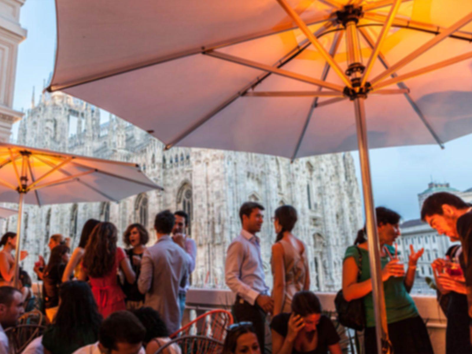 Terrazza Aperol Duomo Aperitivo buono Interior da James