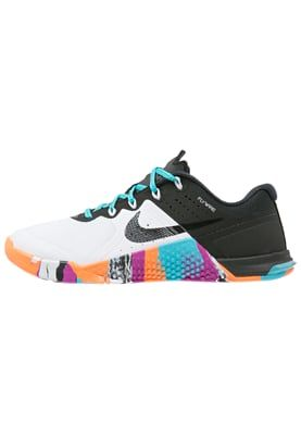 the latest 3d674 3cf72 METCON 2 - Sports shoes - white black gammablue hyper violet total orange