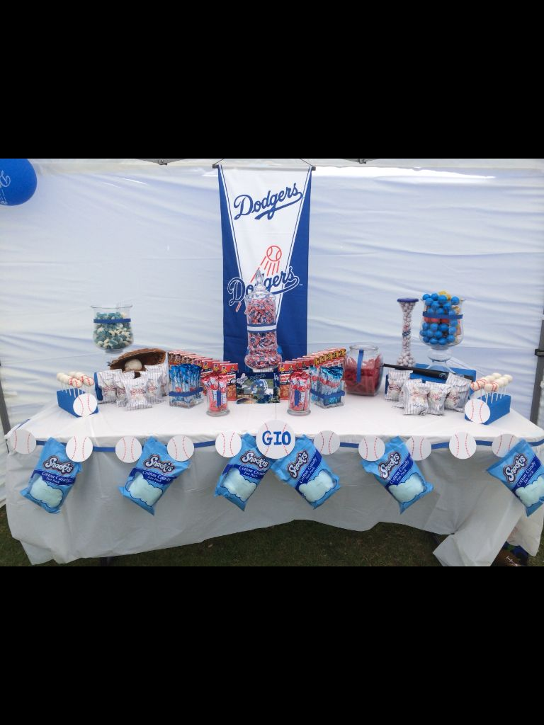 dodgers theme dodger blue and white baseball theme birthday candy rh pinterest com