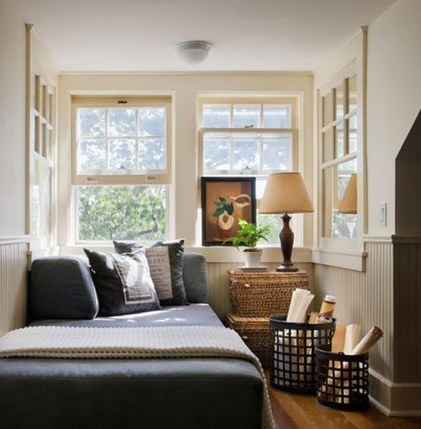 How To Design A Small Bedroom Layout Fair 10 Tips To Make A Small Bedroom Look Great  Compact Houzz And Design Inspiration