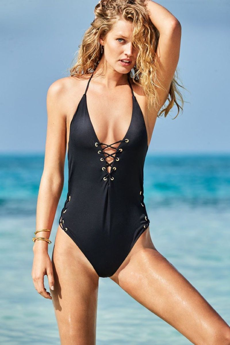 f4f63abc5a6e5 Toni Garrn models black one-piece swimsuit in Calzedonia's summer 2017  campaign
