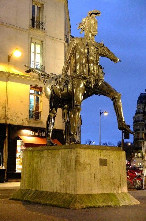 Paris 7 - cesar's centaure (1985)
