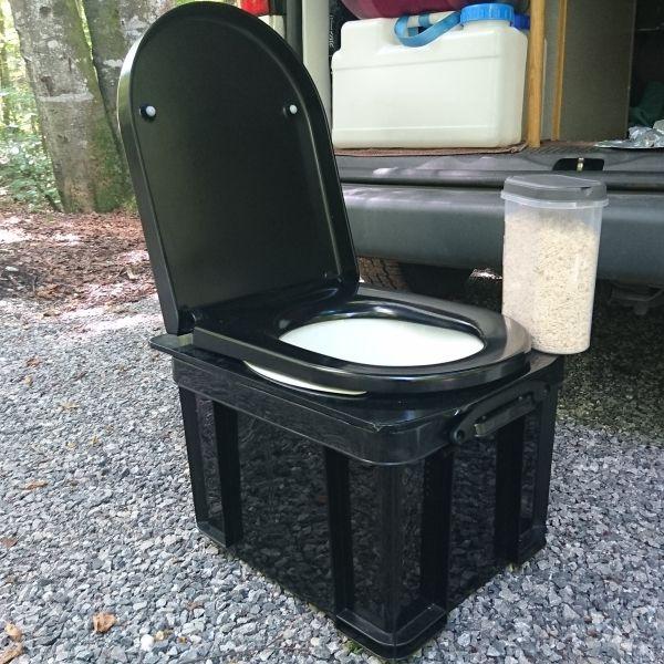 Reden wir über Scheiße! Campingtoilette selbst gebaut