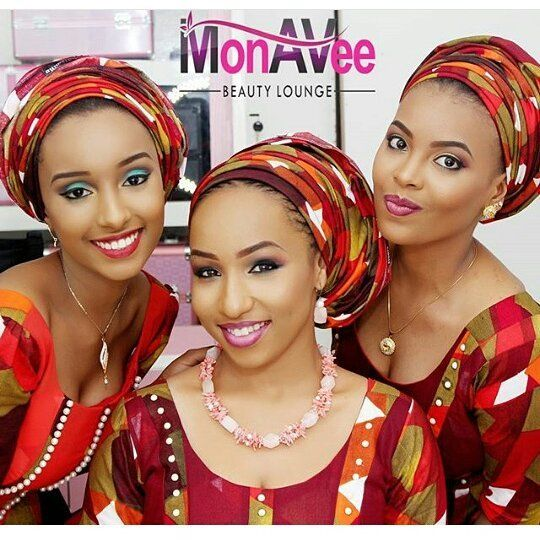 Bride's Friends  #asoebispecial #asoebi #speciallovers #wedding #makeover @monavebeautylounge
