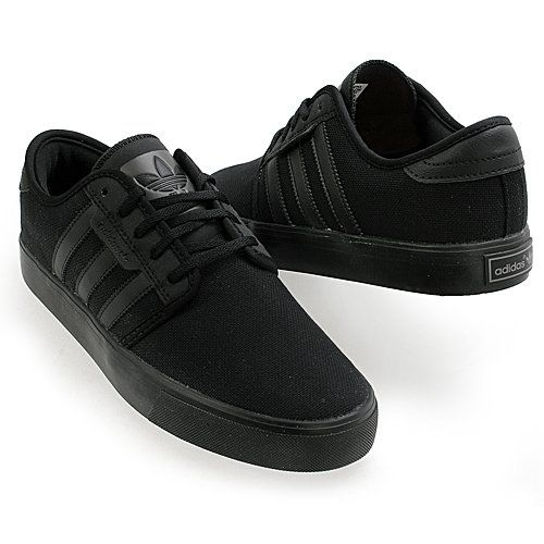 Adidas Originals Seely Black on Black. I'll wear these with