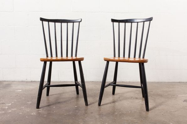 Nice Pair Of TAPIOVAARA STYLE SPINDLE BACK DINING CHAIRS BY PASTOE