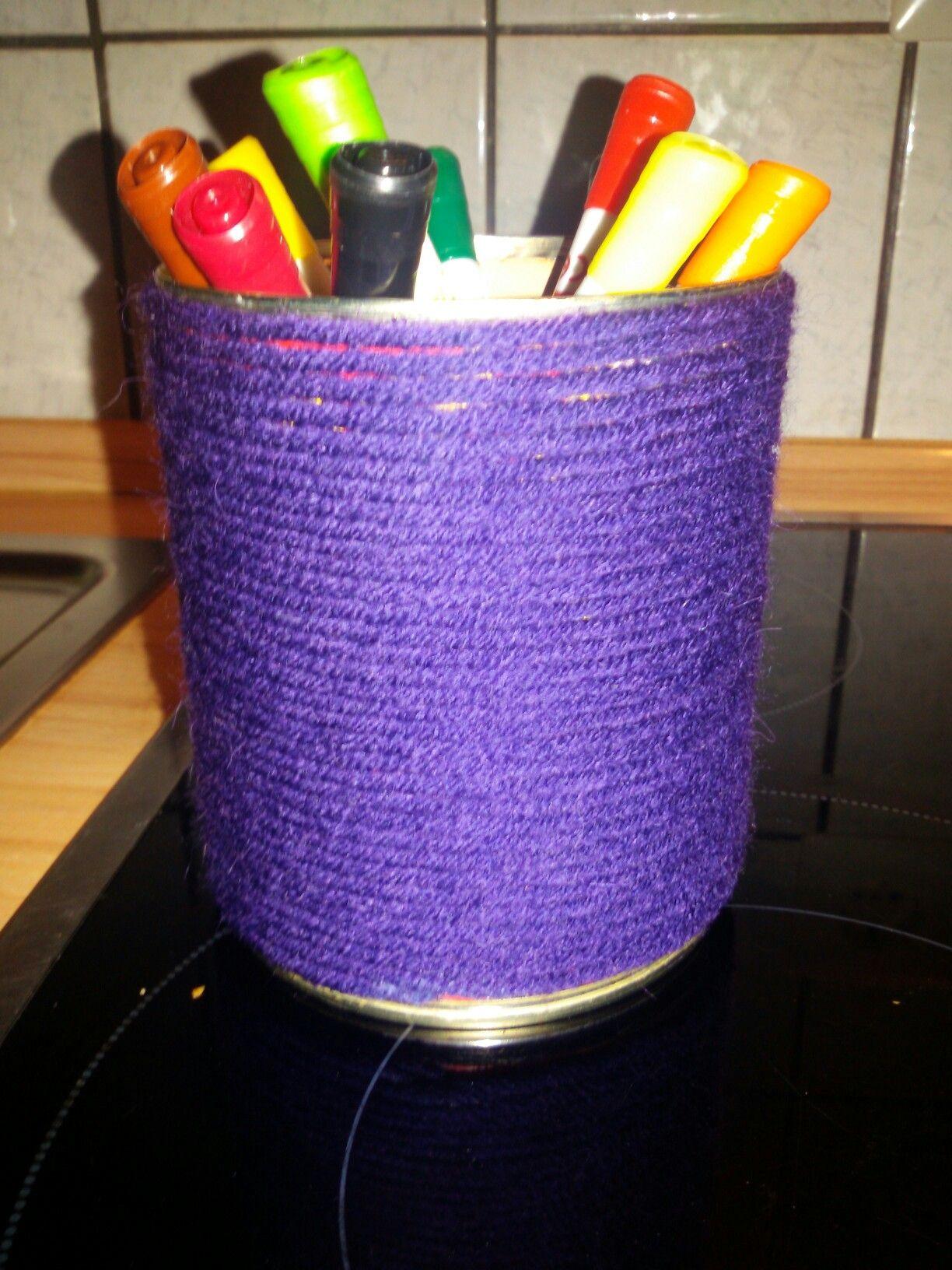 Eine alte Ravioli Büchse + Wolle/Faden = eine schöne Stiftebocks ♡☆