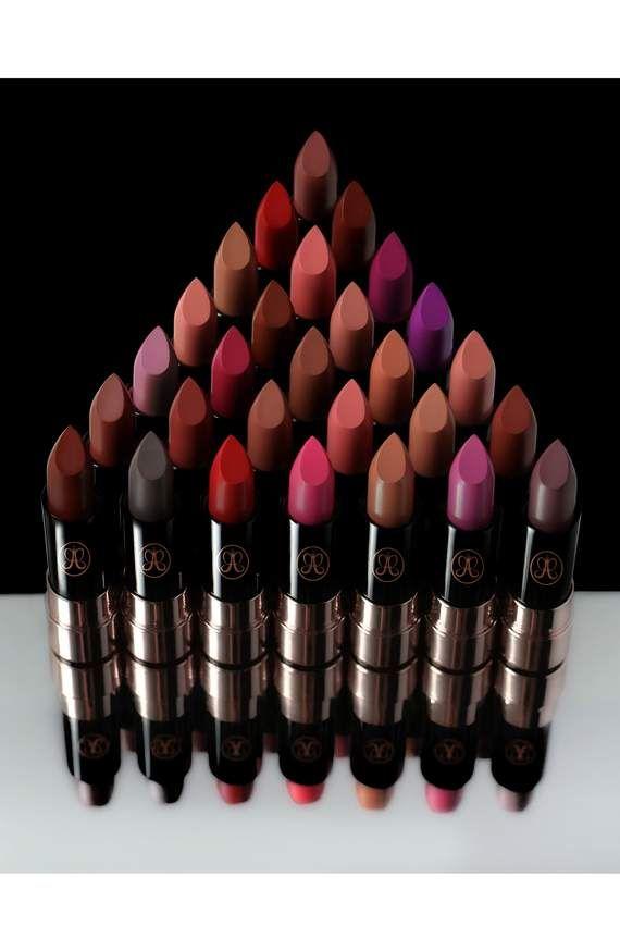 Color Riche Ultra-Matte Nude Lipstick 10 No Pressure