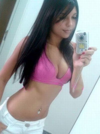 Sexy hot girls on facebook