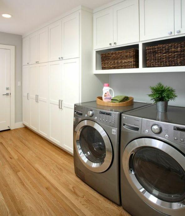 buanderie moderne avec meubles en bois | A-Bathroom and ... - Buanderie Moderne