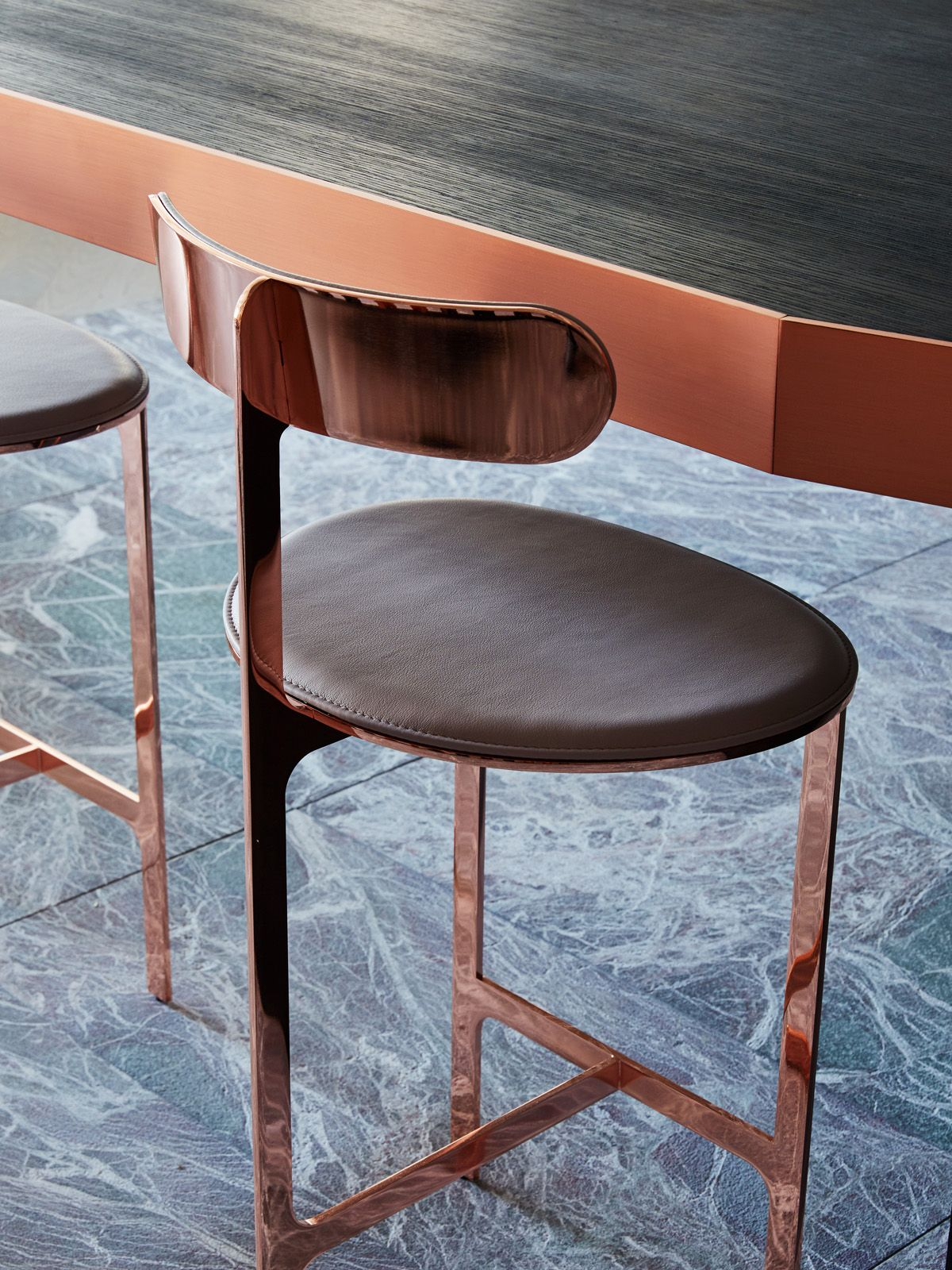 Bruno Moinard Designs A Copper Laced Kitchen For Obumex Bar  # Mutable Muebles