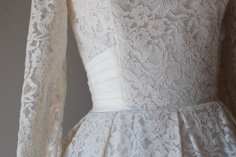 50s wedding dress lace  r e s e r v e ds lace wedding dress  s wedding dress