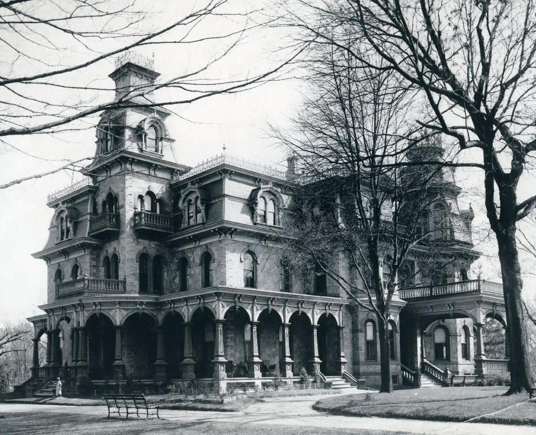 GG Greens Victorian Era Mansion