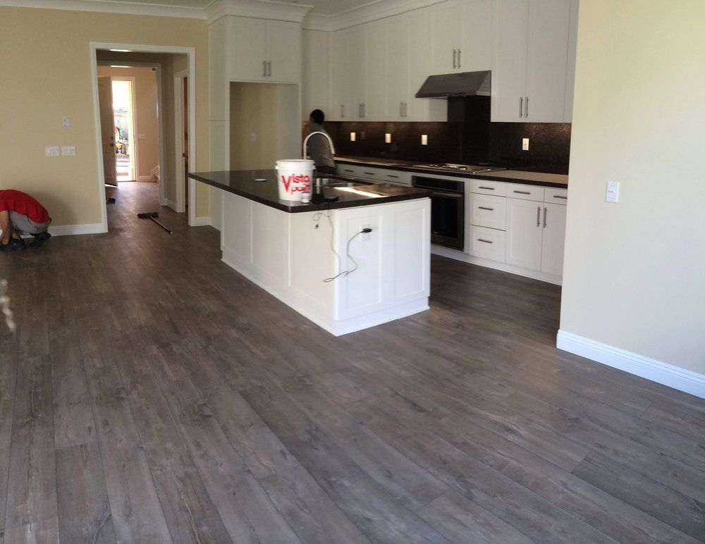 quickstep mocha oak plank laminate | yelp | floors | pinterest