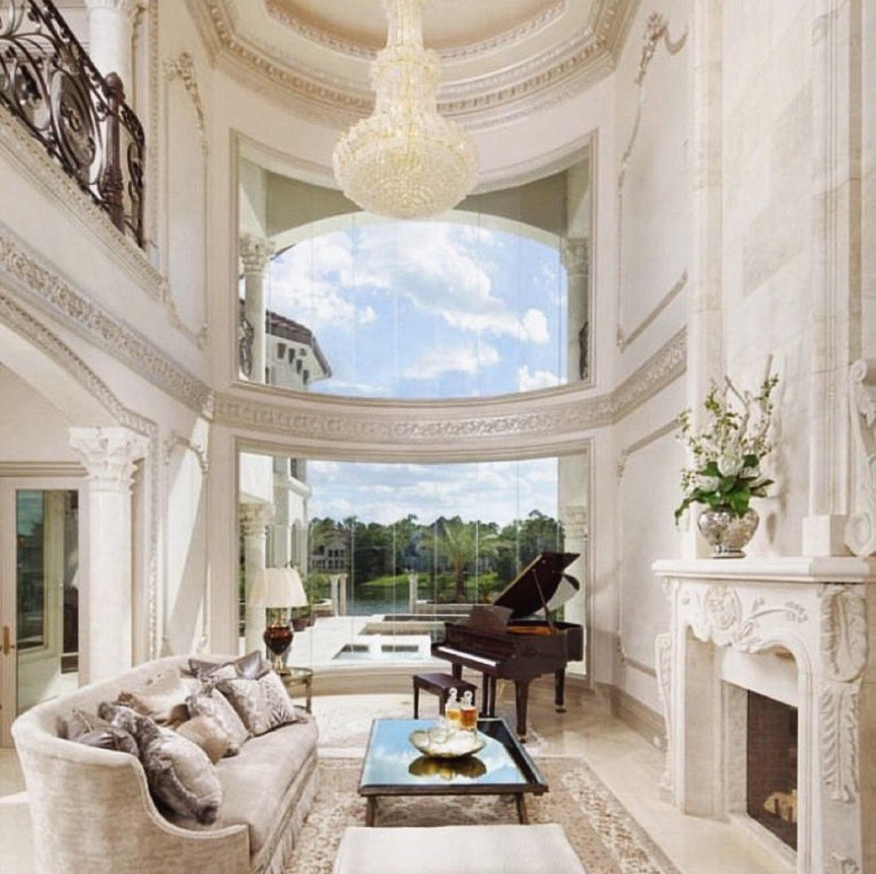 The Feeling Of A Big Open Space Apartment Ideas Piano