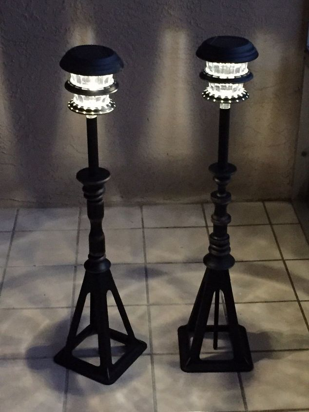You Might Want To Grab A Cheap Solar Light At Loweu0027s When You See This  Awesome Patio Lighting Idea