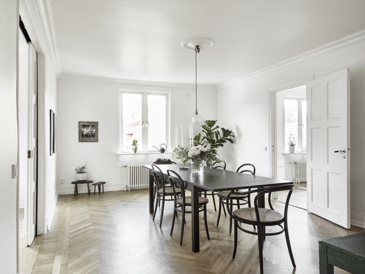 Post: Una habitación para walk-in closet ---> alfombra marroquí, blog de decoración nórdica, decoración elegante nórdica, diseño danés, estilo nórdico escandinavo, muebles de diseño danés, suelo de madera de roble espigado, Una habitación para walk-in closet