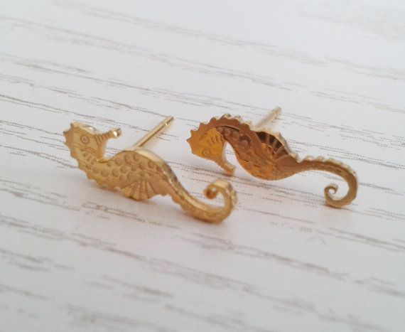 Hey, I found this really awesome Etsy listing at https://www.etsy.com/listing/234857541/seahorse-stud-earrings-gold-stud