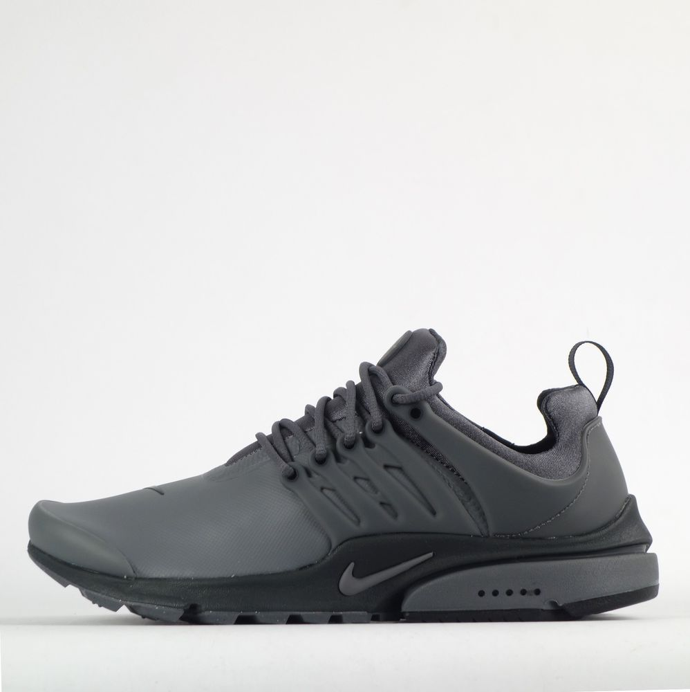 Details About Nike Air Presto Essential Mens Shoes In Black Gold Black Nike Sneakers Mens Nike Shoes Adidas Shoes Mens