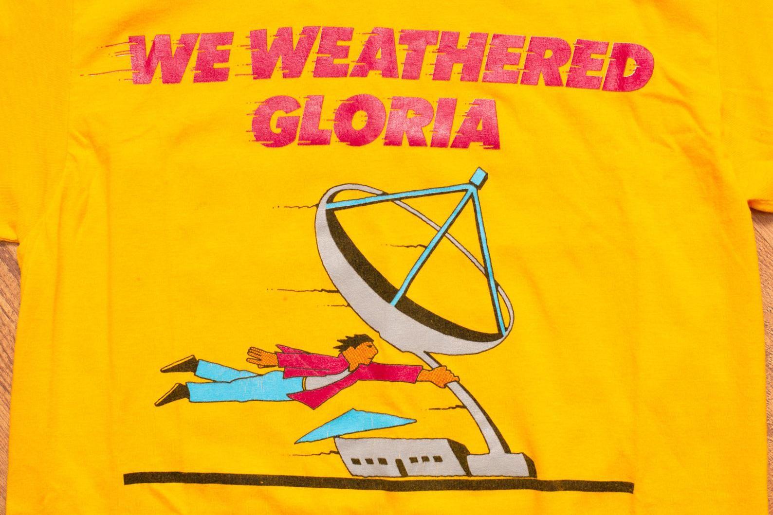 Rare 80s Mtv Hurricane Gloria T Shirt Xs Vintage 1980s Nickelodeon Vh 1 Network Operations Center We Weathered Satellite Graphic Tee Graphic Tees Vintage Mtv